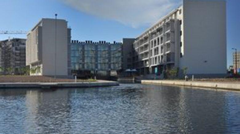aha Harbour Bridge Hotel  and  Suites Exterior