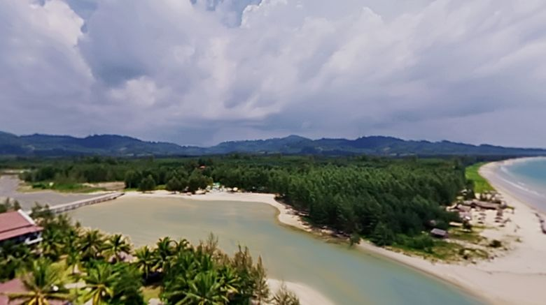 Apsaras Beach Front Resort  and  Villa Exterior