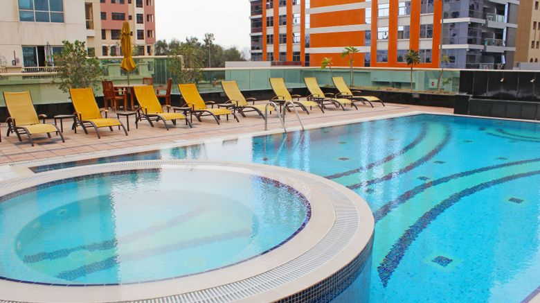 TIME Dunes Hotel Apartments Oud Metha Pool