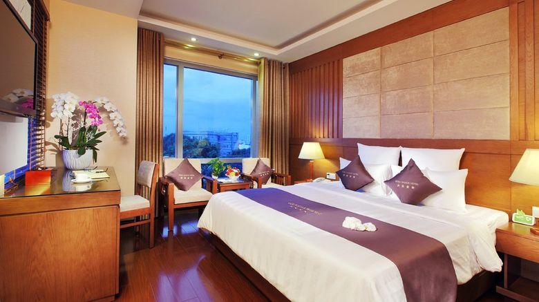 Edenstar Saigon Hotel Room