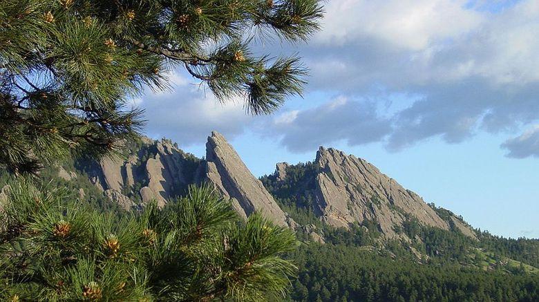 Boulder Scenery