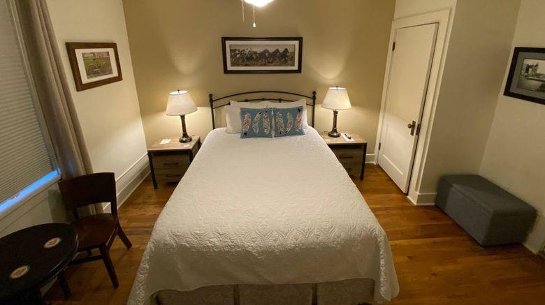 Leland House Suites of Durango Room