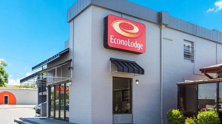 """Econo Lodge Gallatin Exterior. Images powered by <a href=""""http://web.iceportal.com"""" target=""""_blank"""" rel=""""noopener"""">Ice Portal</a>."""
