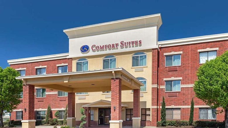 """Comfort Suites McKinney-Allen Exterior. Images powered by <a href=""""http://web.iceportal.com"""" target=""""_blank"""" rel=""""noopener"""">Ice Portal</a>."""