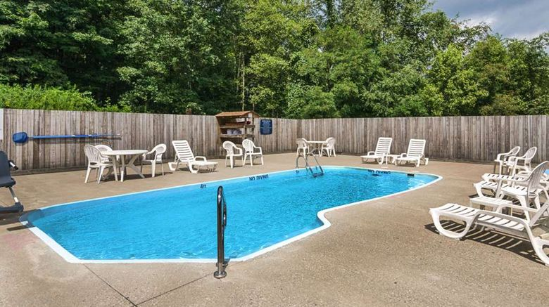 """<b>Comfort Inn New River Gorge Hotel Pool</b>. Images powered by <a href=""""https://iceportal.shijigroup.com/"""" title=""""IcePortal"""" target=""""_blank"""">IcePortal</a>."""