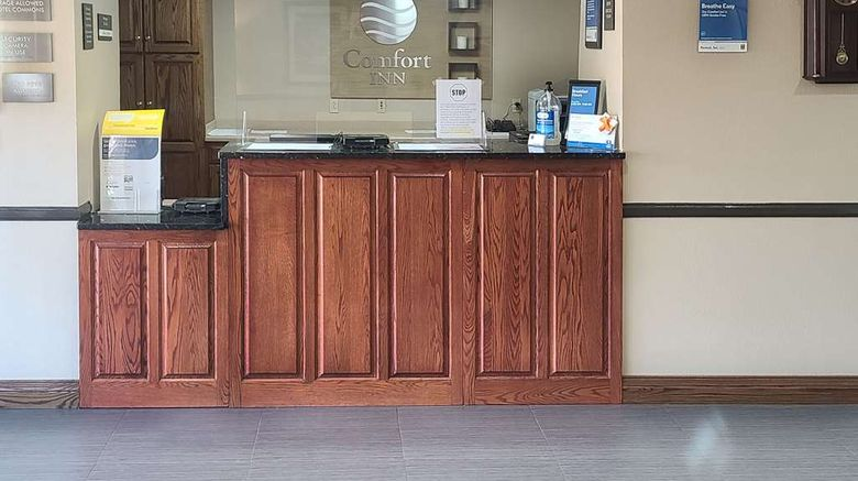 """<b>Comfort Inn New River Gorge Hotel Lobby</b>. Images powered by <a href=""""https://iceportal.shijigroup.com/"""" title=""""IcePortal"""" target=""""_blank"""">IcePortal</a>."""