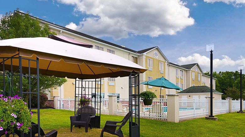 """Quality Inn Spring Mills - Martinsburg N Exterior. Images powered by <a href=""""http://web.iceportal.com"""" target=""""_blank"""" rel=""""noopener"""">Ice Portal</a>."""