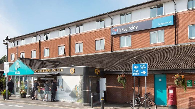 """Travelodge Bridgwater Exterior. Images powered by <a href=""""http://web.iceportal.com"""" target=""""_blank"""" rel=""""noopener"""">Ice Portal</a>."""