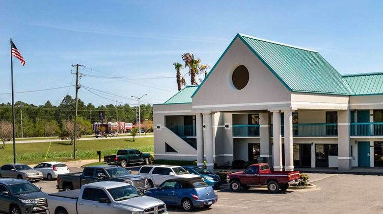 """Econo Lodge Moss Point Exterior. Images powered by <a href=""""http://web.iceportal.com"""" target=""""_blank"""" rel=""""noopener"""">Ice Portal</a>."""