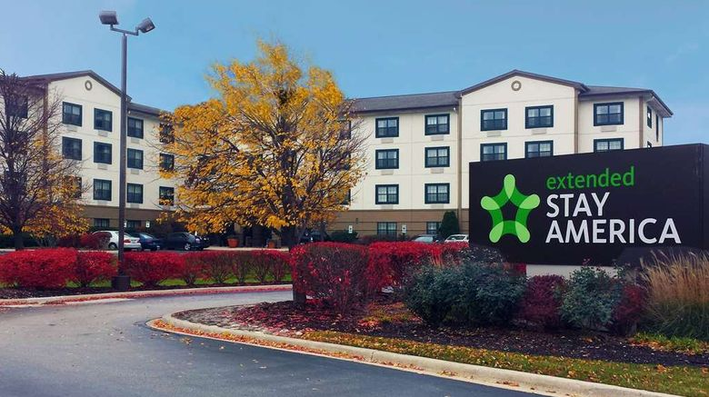"""Extended Stay America Stes Elmhurst Ord Exterior. Images powered by <a href=""""http://web.iceportal.com"""" target=""""_blank"""" rel=""""noopener"""">Ice Portal</a>."""