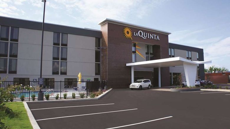 """La Quinta Inn  and  Suites Columbus Exterior. Images powered by <a href=""""http://web.iceportal.com"""" target=""""_blank"""" rel=""""noopener"""">Ice Portal</a>."""