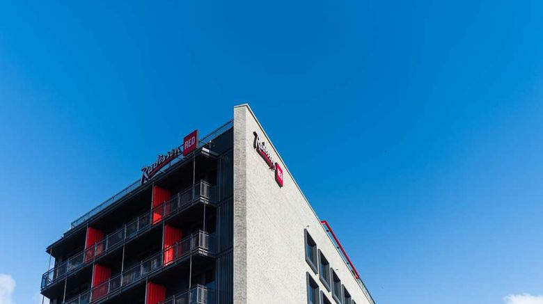 """Radisson RED Hotel, V and A Waterfront Exterior. Images powered by <a href=""""http://web.iceportal.com"""" target=""""_blank"""" rel=""""noopener"""">Ice Portal</a>."""