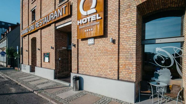 """Q Hotel Grand Cru Exterior. Images powered by <a href=""""http://web.iceportal.com"""" target=""""_blank"""" rel=""""noopener"""">Ice Portal</a>."""