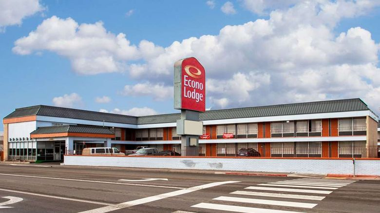 """Econo Lodge Elco Exterior. Images powered by <a href=""""http://web.iceportal.com"""" target=""""_blank"""" rel=""""noopener"""">Ice Portal</a>."""