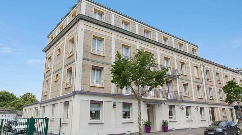 """Hotel The Originals Lorient Cleria Exterior. Images powered by <a href=""""http://web.iceportal.com"""" target=""""_blank"""" rel=""""noopener"""">Ice Portal</a>."""