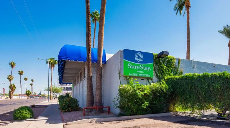 """SureStay Hotel by BW Phoenix Airport Exterior. Images powered by <a href=""""http://web.iceportal.com"""" target=""""_blank"""" rel=""""noopener"""">Ice Portal</a>."""