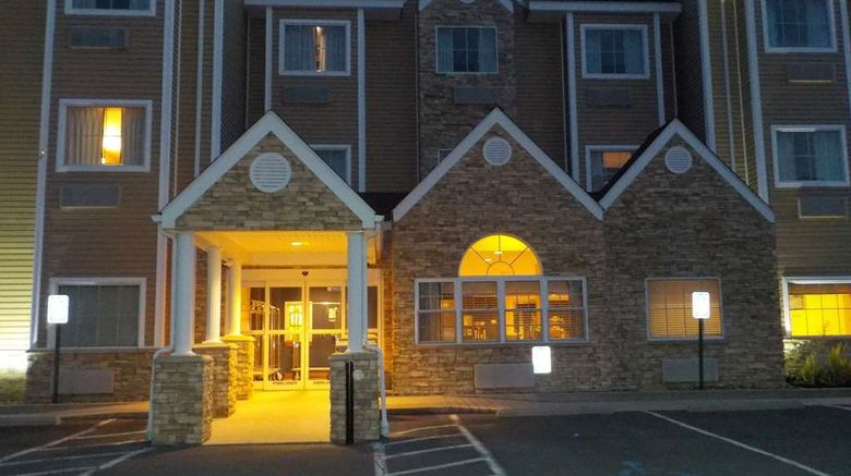 """SureStay Plus Hotel Keyser Exterior. Images powered by <a href=""""http://web.iceportal.com"""" target=""""_blank"""" rel=""""noopener"""">Ice Portal</a>."""
