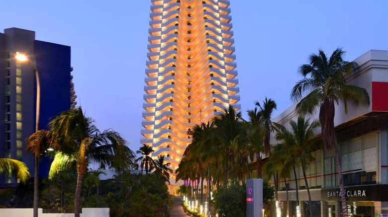 """HS Hotsson Smart Hotel Acapulco Exterior. Images powered by <a href=""""http://web.iceportal.com"""" target=""""_blank"""" rel=""""noopener"""">Ice Portal</a>."""