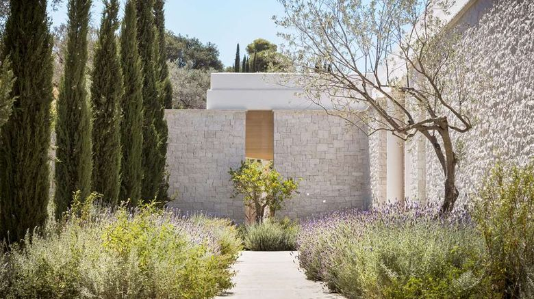 """Amanzoe Exterior. Images powered by <a href=""""http://web.iceportal.com"""" target=""""_blank"""" rel=""""noopener"""">Ice Portal</a>."""