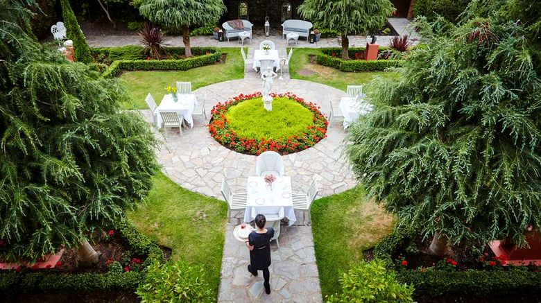 """Hayfield Manor Hotel Exterior. Images powered by <a href=""""http://web.iceportal.com"""" target=""""_blank"""" rel=""""noopener"""">Ice Portal</a>."""
