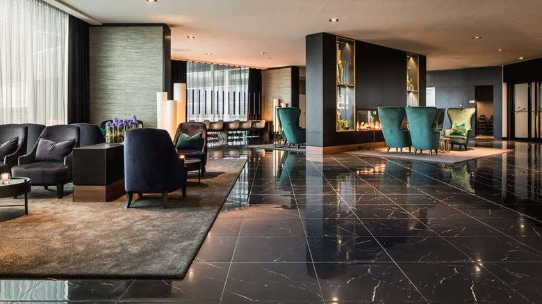 """Van Der Valk Zaltbommel-A2 Lobby. Images powered by <a href=""""http://web.iceportal.com"""" target=""""_blank"""" rel=""""noopener"""">Ice Portal</a>."""