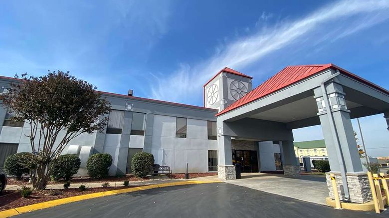 """Baymont by Wyndham Nashville SE Exterior. Images powered by <a href=""""http://web.iceportal.com"""" target=""""_blank"""" rel=""""noopener"""">Ice Portal</a>."""