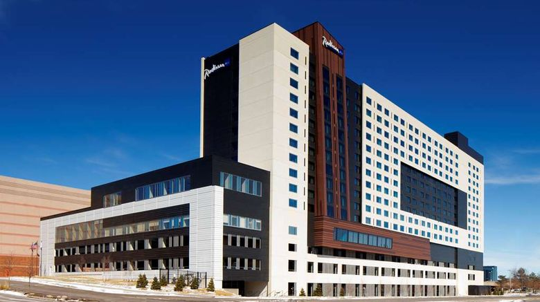 """Radisson Blu Mall of America Exterior. Images powered by <a href=""""http://web.iceportal.com"""" target=""""_blank"""" rel=""""noopener"""">Ice Portal</a>."""
