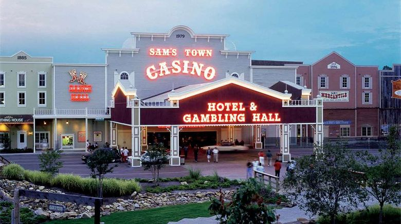 """Sams Town Hotel  and  Gambling Hall Exterior. Images powered by <a href=""""http://web.iceportal.com"""" target=""""_blank"""" rel=""""noopener"""">Ice Portal</a>."""
