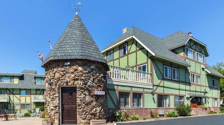 """Svendsgaards Danish Lodge-Americas Best Exterior. Images powered by <a href=""""http://web.iceportal.com"""" target=""""_blank"""" rel=""""noopener"""">Ice Portal</a>."""