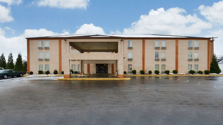 """Americas Best Value Inn, Evansville Exterior. Images powered by <a href=""""http://web.iceportal.com"""" target=""""_blank"""" rel=""""noopener"""">Ice Portal</a>."""