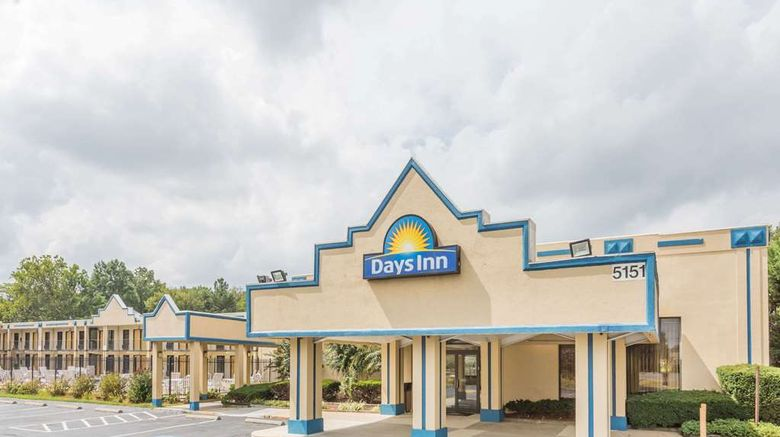 """Days Inn Camp Springs Exterior. Images powered by <a href=""""http://web.iceportal.com"""" target=""""_blank"""" rel=""""noopener"""">Ice Portal</a>."""