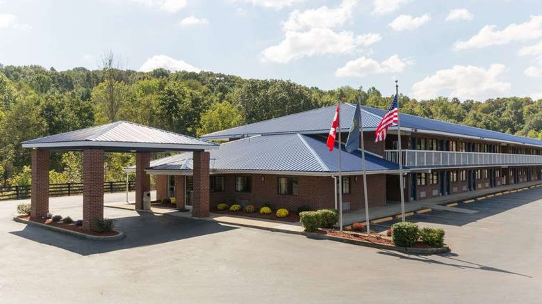 """Days Inn Renfro Valley Mount Vernon Exterior. Images powered by <a href=""""http://web.iceportal.com"""" target=""""_blank"""" rel=""""noopener"""">Ice Portal</a>."""