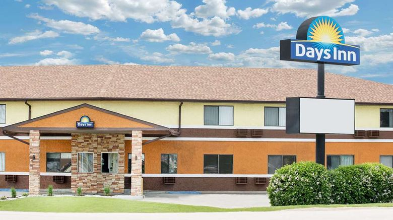 """Days Inn York Exterior. Images powered by <a href=""""http://web.iceportal.com"""" target=""""_blank"""" rel=""""noopener"""">Ice Portal</a>."""