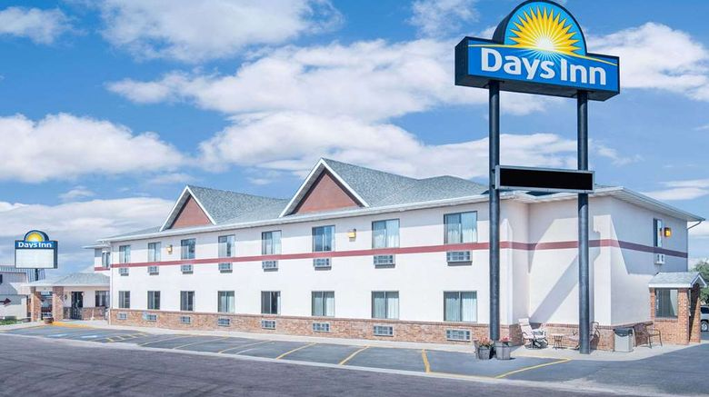 """Days Inn Wall Exterior. Images powered by <a href=""""http://web.iceportal.com"""" target=""""_blank"""" rel=""""noopener"""">Ice Portal</a>."""