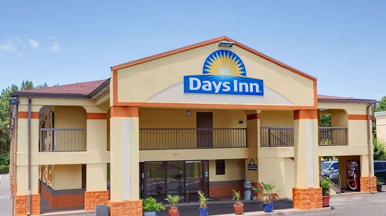 "Days Inn Acworth Exterior. Images powered by <a href=""http://web.iceportal.com"" target=""_blank"" rel=""noopener"">Ice Portal</a>."