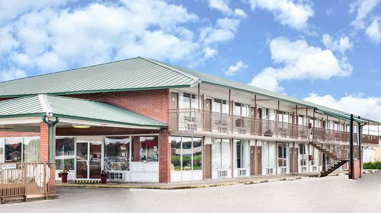 """Days Inn Newport Exterior. Images powered by <a href=""""http://web.iceportal.com"""" target=""""_blank"""" rel=""""noopener"""">Ice Portal</a>."""