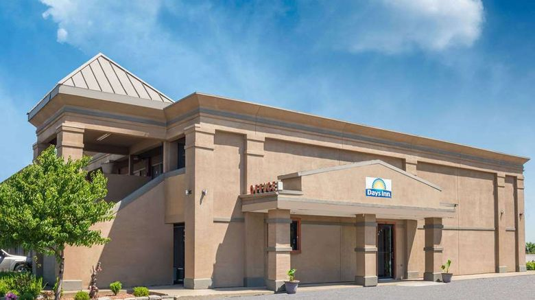 """Days Inn - Mt. Sterling Exterior. Images powered by <a href=""""http://web.iceportal.com"""" target=""""_blank"""" rel=""""noopener"""">Ice Portal</a>."""
