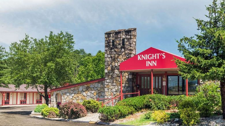 """Knights Inn Ashland Exterior. Images powered by <a href=""""http://web.iceportal.com"""" target=""""_blank"""" rel=""""noopener"""">Ice Portal</a>."""