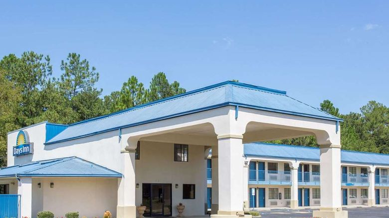 """Days Inn Picayune Exterior. Images powered by <a href=""""http://web.iceportal.com"""" target=""""_blank"""" rel=""""noopener"""">Ice Portal</a>."""