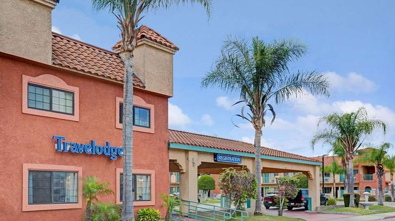 """Travelodge Lynwood Exterior. Images powered by <a href=""""http://web.iceportal.com"""" target=""""_blank"""" rel=""""noopener"""">Ice Portal</a>."""