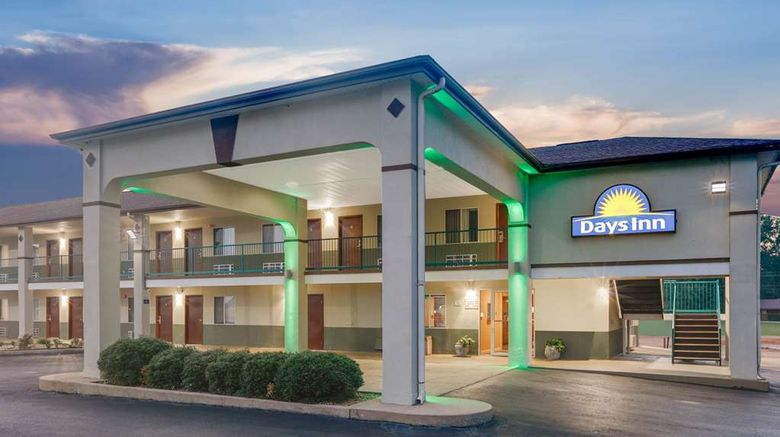 """Days Inn Hamilton Exterior. Images powered by <a href=""""http://web.iceportal.com"""" target=""""_blank"""" rel=""""noopener"""">Ice Portal</a>."""