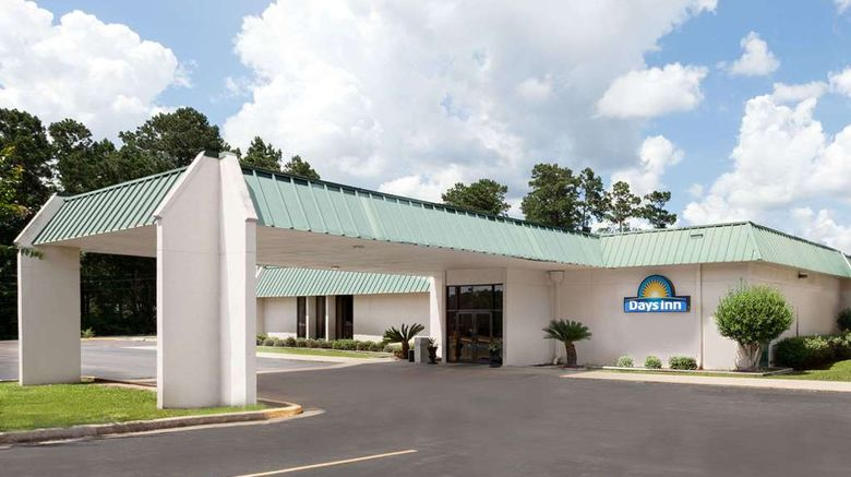 """Days Inn McComb MS Exterior. Images powered by <a href=""""http://web.iceportal.com"""" target=""""_blank"""" rel=""""noopener"""">Ice Portal</a>."""