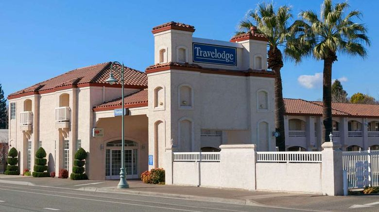 """Travelodge Redding Exterior. Images powered by <a href=""""http://web.iceportal.com"""" target=""""_blank"""" rel=""""noopener"""">Ice Portal</a>."""