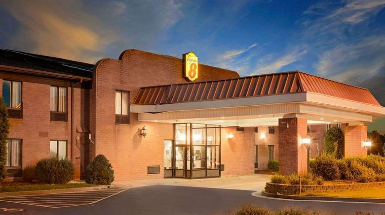 """Super 8 Metropolis Exterior. Images powered by <a href=""""http://web.iceportal.com"""" target=""""_blank"""" rel=""""noopener"""">Ice Portal</a>."""