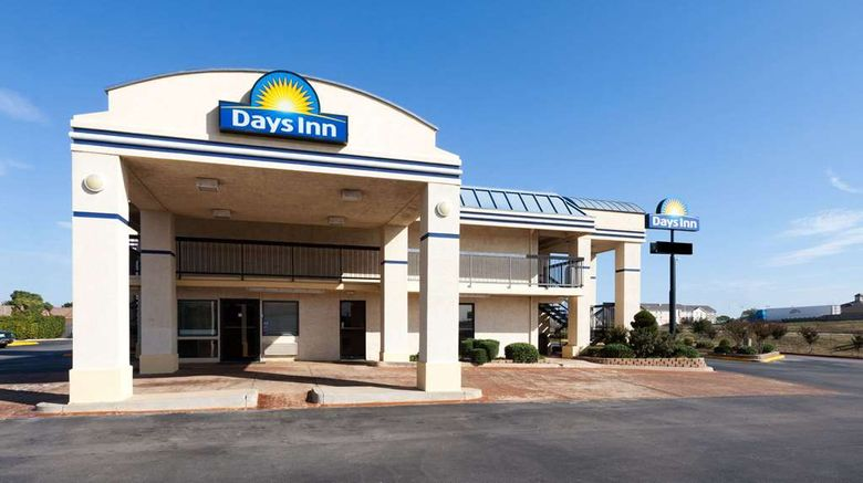 """Days Inn Oklahoma City West Exterior. Images powered by <a href=""""http://web.iceportal.com"""" target=""""_blank"""" rel=""""noopener"""">Ice Portal</a>."""