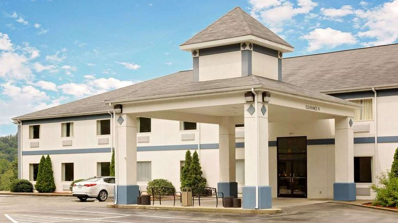 """Days Inn West Liberty Exterior. Images powered by <a href=""""http://web.iceportal.com"""" target=""""_blank"""" rel=""""noopener"""">Ice Portal</a>."""