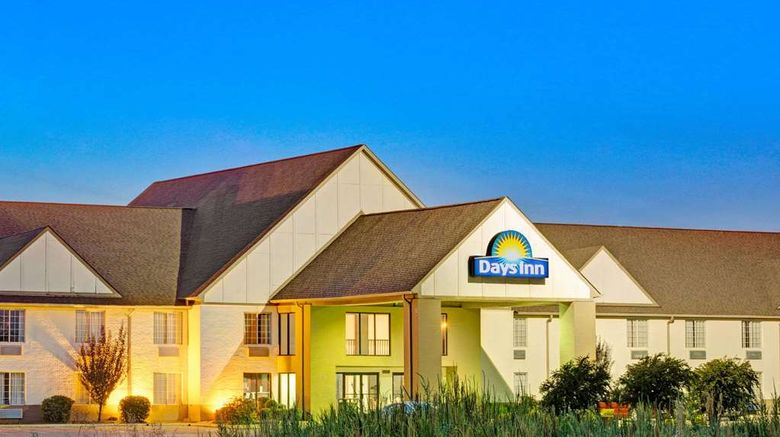 """Days Inn Tunica Resorts Exterior. Images powered by <a href=""""http://web.iceportal.com"""" target=""""_blank"""" rel=""""noopener"""">Ice Portal</a>."""