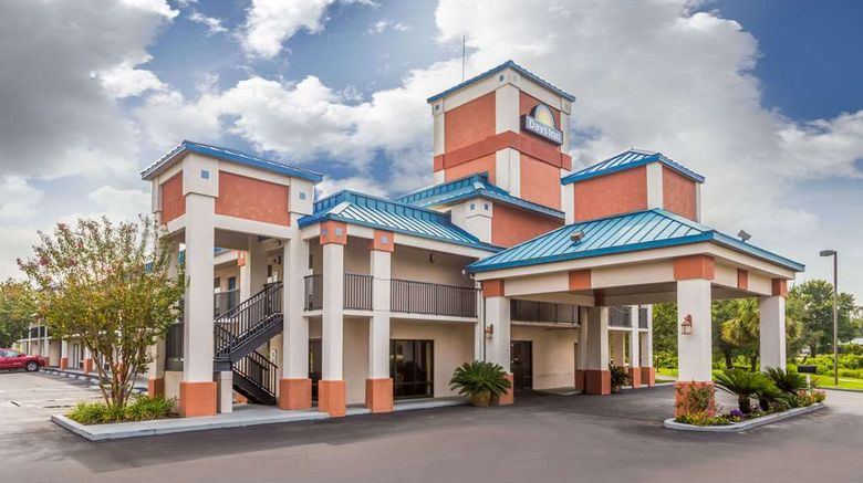 """Days Inn Chiefland Exterior. Images powered by <a href=""""http://web.iceportal.com"""" target=""""_blank"""" rel=""""noopener"""">Ice Portal</a>."""