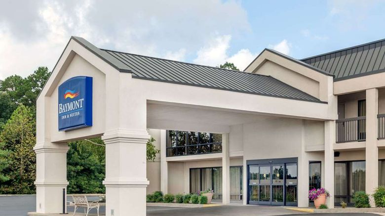 """Baymont Inn  and  Suites London Exterior. Images powered by <a href=""""http://web.iceportal.com"""" target=""""_blank"""" rel=""""noopener"""">Ice Portal</a>."""