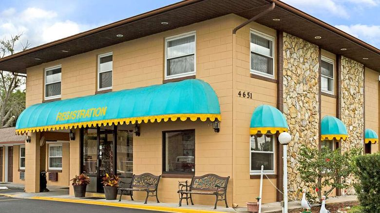 """Knights Inn Kissimmee Exterior. Images powered by <a href=""""http://web.iceportal.com"""" target=""""_blank"""" rel=""""noopener"""">Ice Portal</a>."""